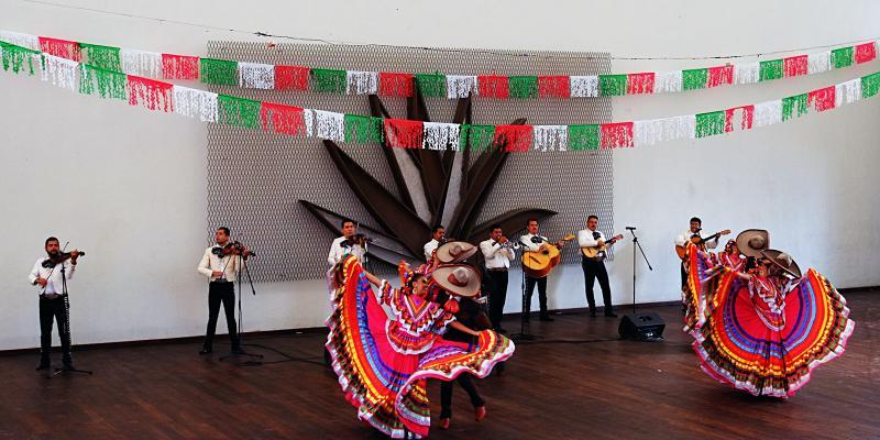 Tanzvorstellung bei Jose Cuervo