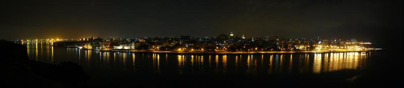 Havana von der Burg bei Nacht