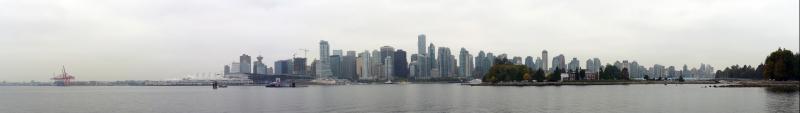 Blick von Stanley Park auf Downtown