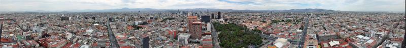 360 Grad Panorama der gigantischen Stadt