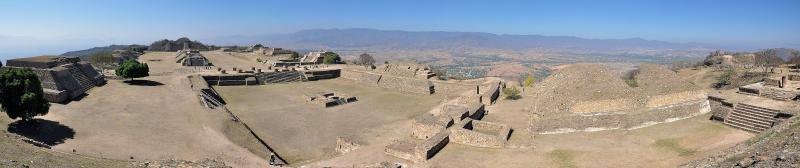 Panorama der Ruinen von Monte Alban