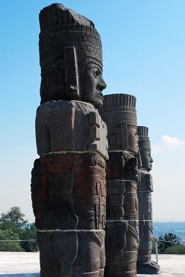 Die Steinstatuen der Ruinen von Tula
