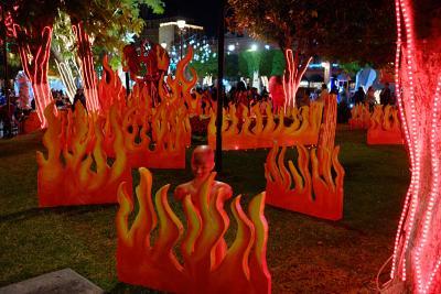 Darstellung des Infernos im Zentrum Morelias