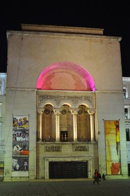 Opernhaus von Timișoara bei Nacht