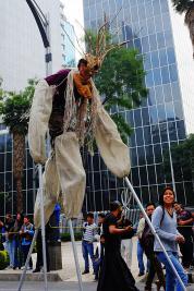 Mensch als Alebrije monumental in Parade 2014